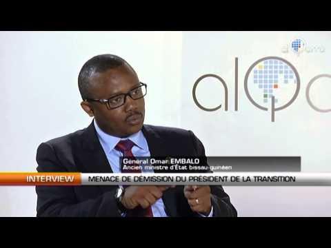 Le président de la transition guinéen Manuel Serifo Nhamadjo menace de démissionner.