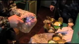 Сотрудники колонии под Волгоградом нашли в консервах сюрприз. Видео