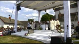 Folla di pellegrini al funerale di Josef Toufar, a 65 anni dalla morte