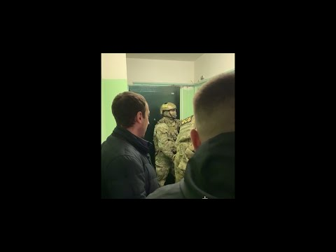 Украли у клиентов Сбера 122 млн рублей (They stole 122 million rubles from bank clients)