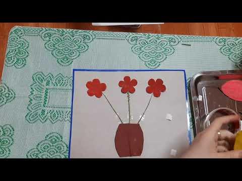 Hướng dẫn trẻ cắt dán bình hoa từ nguyên vật liệu sắn có