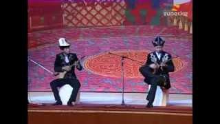 Kırgız Komuz ve Kazak Dombra Atışması (Mükemmel..!!)