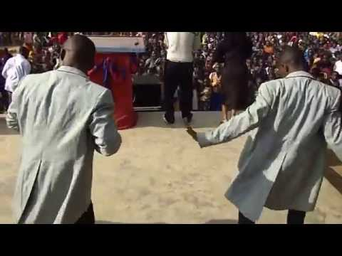 Download Flora Mbasha Live Performance Tunduma 2013 HD Mp4 3GP Video and MP3