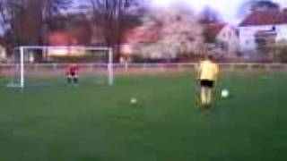 preview picture of video 'JSG Langelsheim (erste) gegen GSC Goslar 08 (erste) || Neun Meterschießen'
