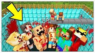 NON CADERE NELLA PISCINA DEGLI YOUTUBER CATTIVI! - Minecraft ITA