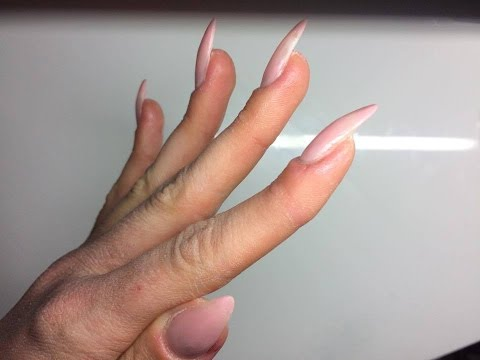 Wpadać na ścięgna palców