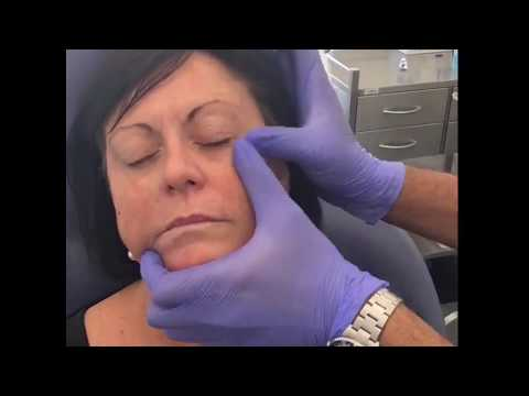 Procedure Demonstration. - Medaesthetics