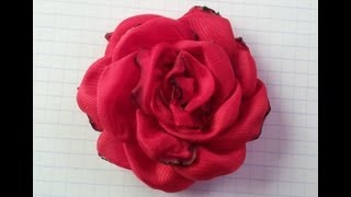 ROSA ROJA EN TELA,FLOR HECHA A MANO (RED ROSE IN FABRIC, FLOWERS).avi