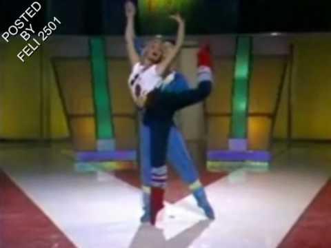 Isabella Ferrari - Canto una canzone (video 1980)