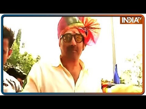 Bollywood actor and BJP MP Sunny Deol held roadshow in Hadapsar constituency in Pune