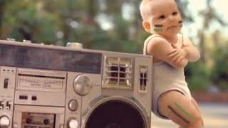 Bebês Dançando Metralhadora.
