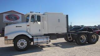 1995 International 9200 Flat Top Sleeper Truck