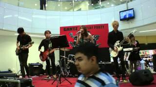 Ryuusei Live Performance @ The Hereen (Sakura Kiss)