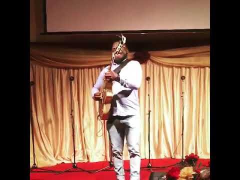Amazing guitarist agboola shadare dazzles