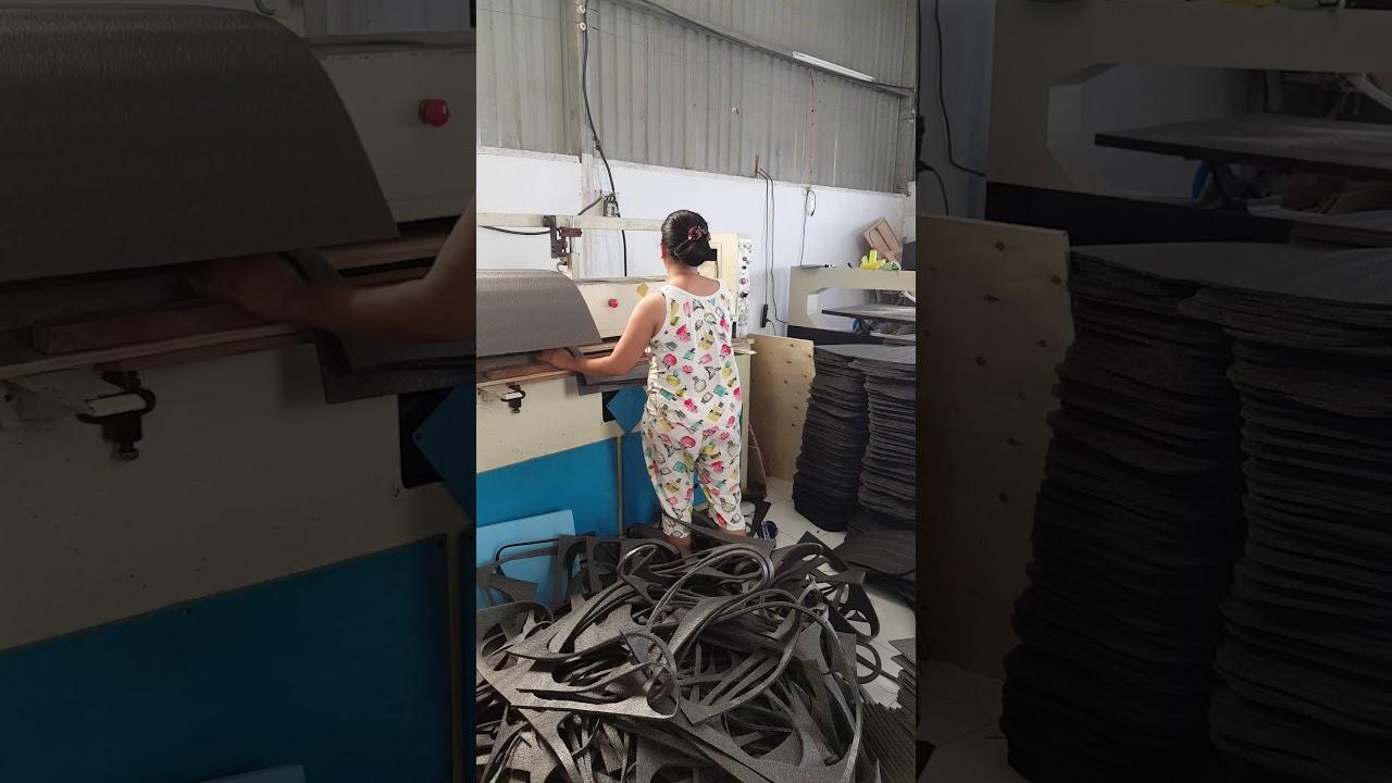 Quy trình làm việc trên máy công ty mút xốp Ngọc Như Foam Long An (0973.760.819) (Anh Kiệt)