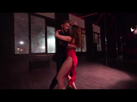 Felices los 4 (salsa version) Maluma feat. Marc Anthony. Choreography by Frank Cabrales