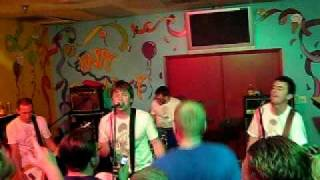 Chixdiggit! - Quit your job (Live in San Jose - July 17, 2009)