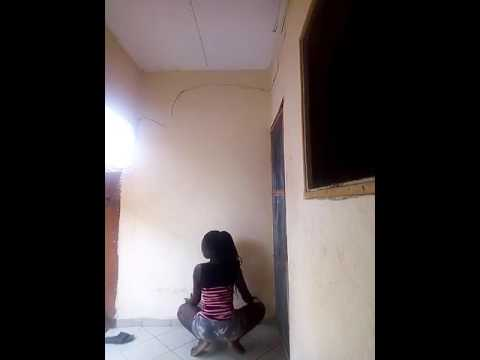 Ghana girl dance's until she got herself naked