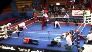 Сумасшедший боксер нокаутировал рефери на чемпионате Европы по боксу среди юниоров