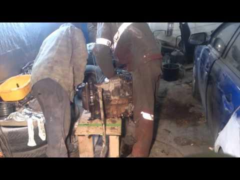 Фото к видео: Mazda 323 F BG - Разборка мотора B6 и в конце приговор