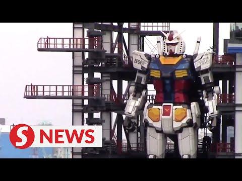 اليابان تصنع روبوتاً عملاقاً من طراز Gundam يمكنه المشي