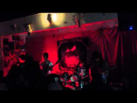 Dark Seas- It's Alright (Live at the Crux)