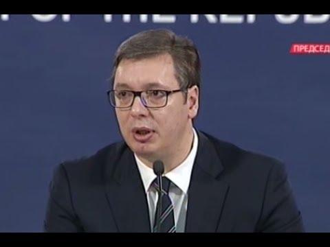 Vučić kao premijer u Nišu kritikovao porodilje, kao predsednik moli žene da rađaju