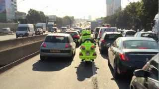 preview picture of video 'Emergency City Bike  -  La moto qui sauve des vies  -  www.emergencycb.com'