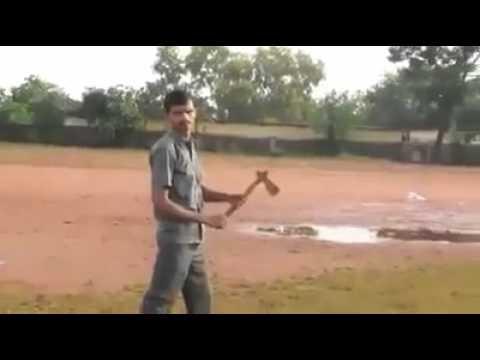 Lancio del boomerang perfetto: torna indietro al lanciatore come cane da riporto