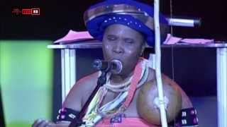 Beautiful Xhosa Song by Oliver Tambo   Madosini