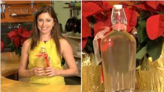 How to Make Homemade Gin For the Holidays