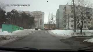 Смотреть онлайн Нелепая авария на глазах очевидца