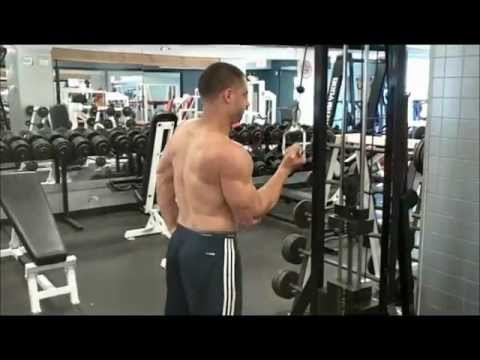 One arm cable tricep extensions