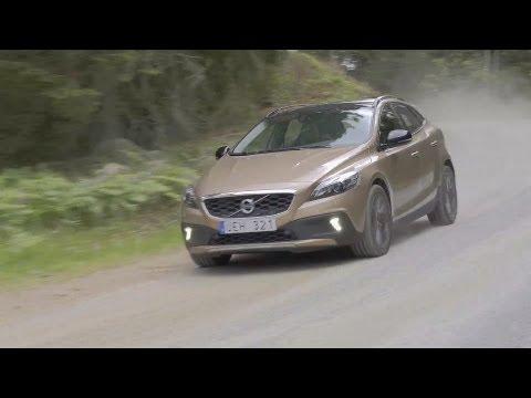 ► 2014 Volvo V40 Cross Country