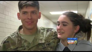 Soldier surprises fiancee after year-long deployment
