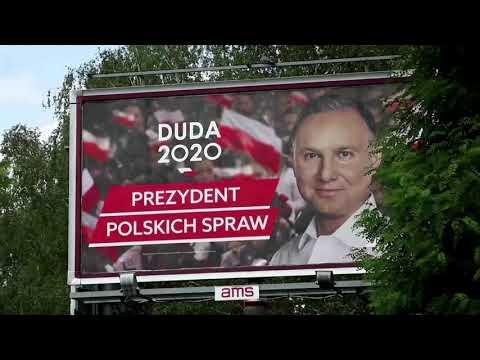 Poles vote in knife-edge presidential election
