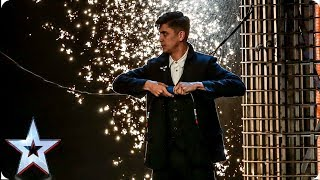 Ben Hart's MIND-BLOWING Victorian magic leaves Judges speechless   Auditions   BGT 2019