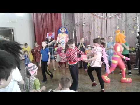 Благотворительное мероприятие для умственно-отсталых детей Азовского детского дома