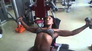 Exercice De Musculation Pour Femmes Poitrine (1) /Workout For Women Chest