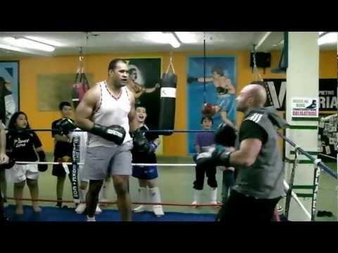 Planet boxe training camp David VS Goliath