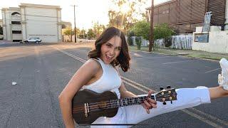 Marco Mares, Nicole Zignago - La Ola (ukulele cover)
