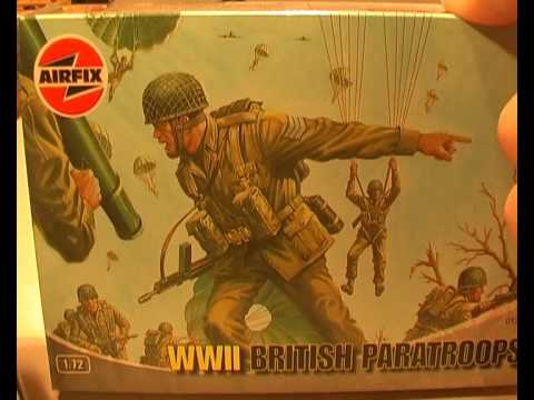 Easy & Grett - Airfix British Paratroops preview