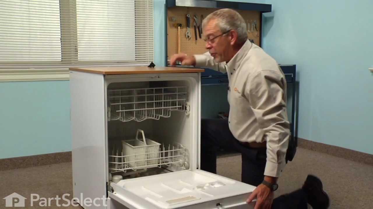 Replacing your General Electric Dishwasher Corner Tub Baffle - Lower Left