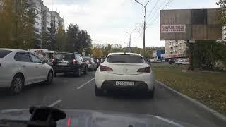 Гигантская пробка в заречном районе Краснотурьинска /