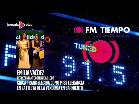 Chica trans elegida como Miss Elegancia en la Fiesta de la Vendimia en Sarmiento