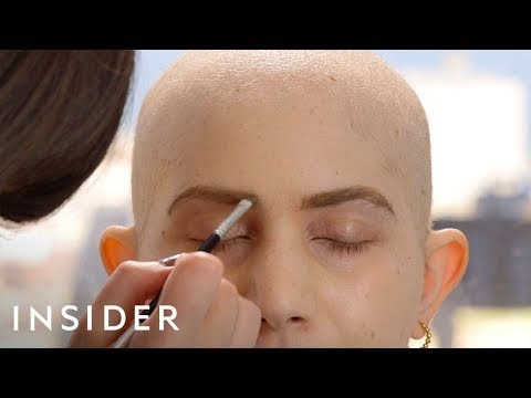 Helping Cancer Patients with Makeup Classes