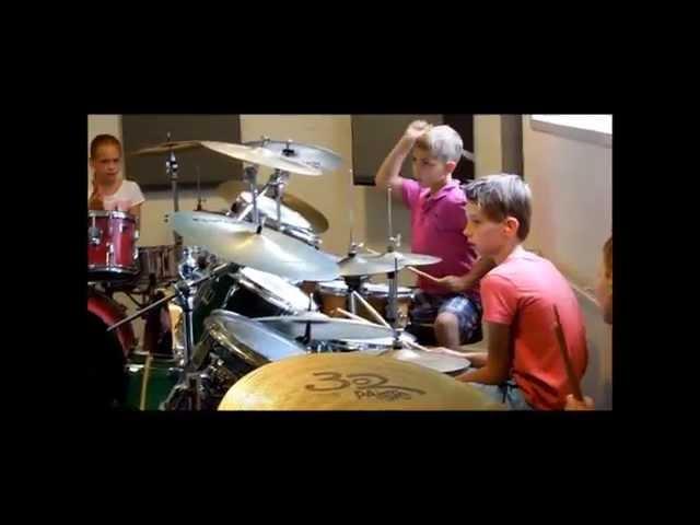 Kinderfeest workshop drummen