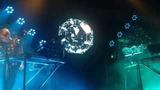 Disclosure - Grab Her / White Noise (feat. AlunaGeorge) Live