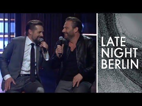 Klaas, Sasha und der Serien-Song   Late Night Berlin   ProSieben