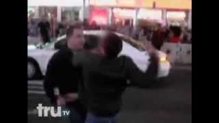 1 Guy Fights and Beats 3 Guys For Hitting His Wife In Time Square
